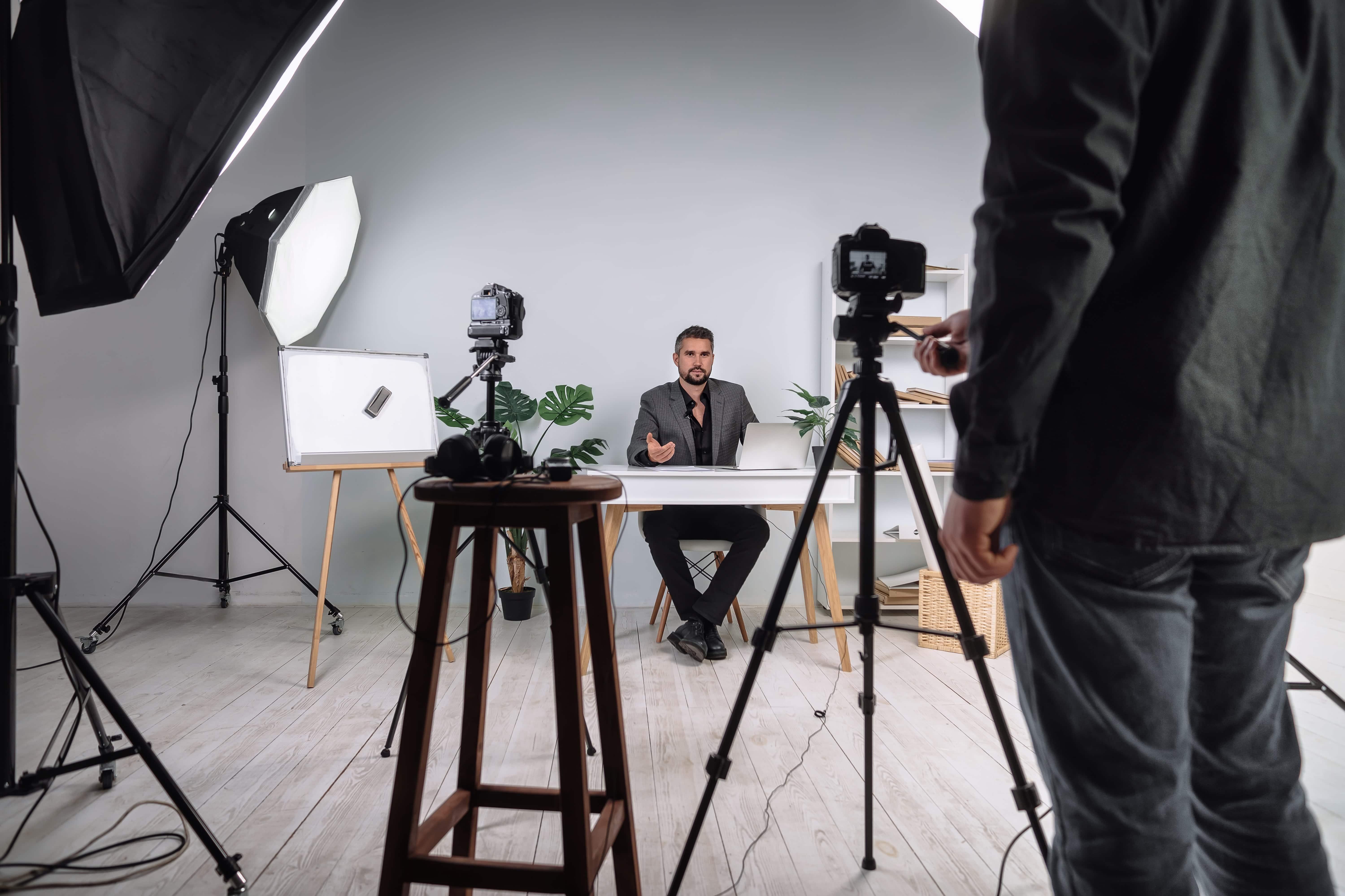 دورة تصوير الفيديو والمونتاج